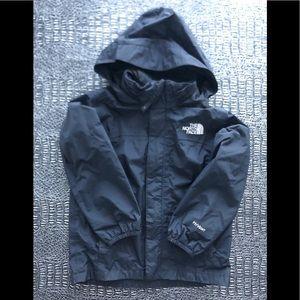 The North Face Boys Rain jacket black size xs